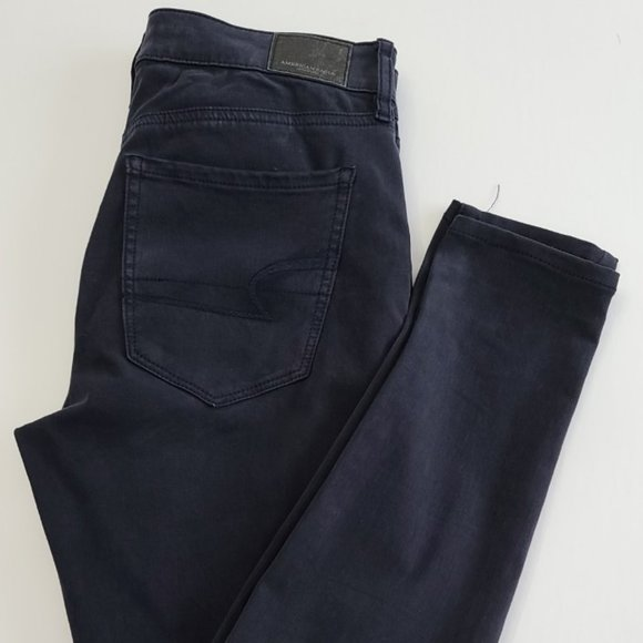 American Eagle Navy Blue Jeans-Sz 4-New Condition!